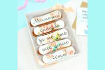 Цветочные эклеры с пожеланиями на День Матери SWEETMARIN