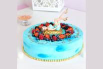 Торт Королева в ягодах SWEETMARIN