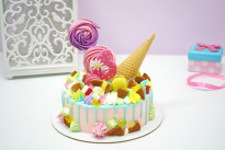 Торт Рожок со сладостями SWEETMARIN