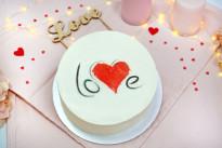 Торт Love SWEETMARIN