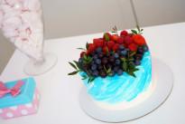 Торт Ягодный вкус SWEETMARIN