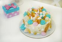 Нежный торт с меренгой SWEETMARIN