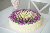 Торт Корзинка с цветами SWEETMARIN