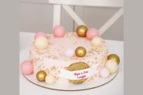 Розовый тортик с шоколадными шарами SWEETMARIN