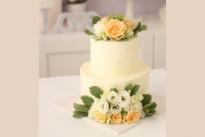 Торт Свадебный с живыми цветами SWEETMARIN