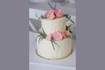 Кремовый торт с мастичными цветами SWEETMARIN