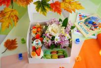 Подарочный набор с цветами SWEETMARIN