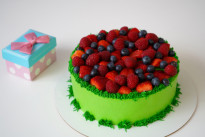 Торт Ягодная поляна SWEETMARIN